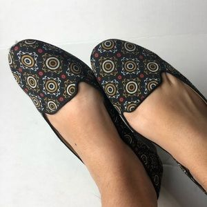 Ann Taylor Leather Sole Flats Women's size 8.5